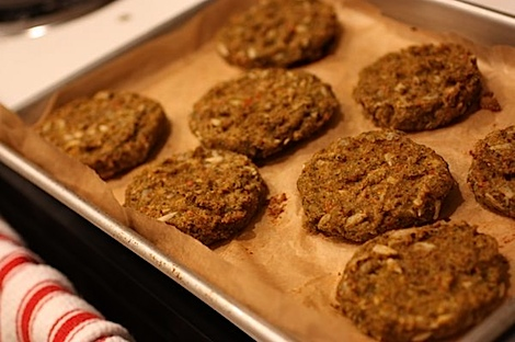 Meatless Friday: Oh She Glows Spelt Burgers