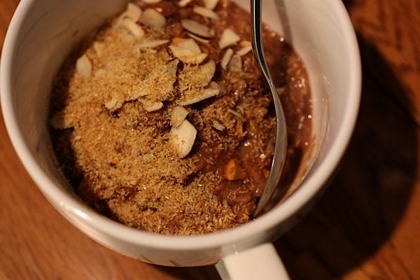 Early, Early Chocolate Date Oats