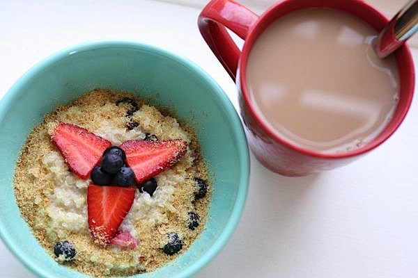 Quick + Easy Hot Quinoa Breakfast Bowl Recipe
