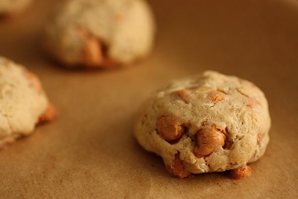 Chai Tea Fun + Butterscotch Oatmeal Dough Balls Recipe