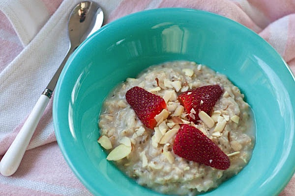 Creative Quinoa + Stawberries 'N Cream Oats
