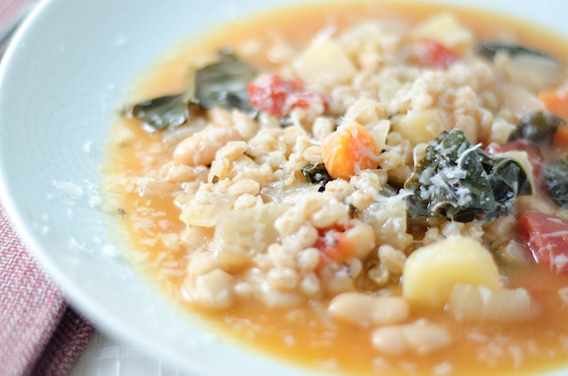 Vegetarian Italian Farro Soup {Recipe}