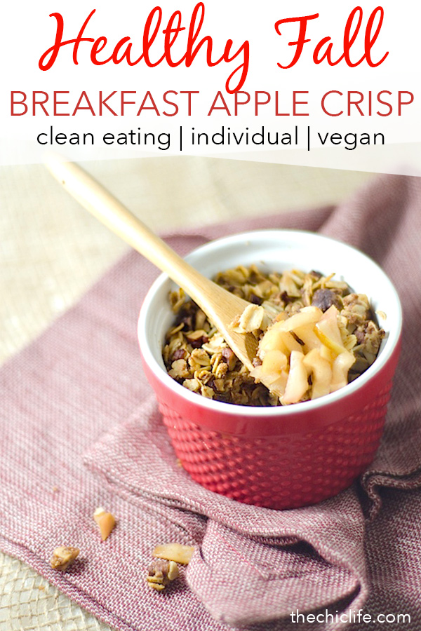 Have dessert for breakfast with this easy fall recipe. Perfect for all those farm fresh apples you've been picking! Mini sized so you can make one by one. It's vegan and super easy! You'll love this clean eating recipe. #fallfood #fall #fallrecipe #recipe #healthy #healthyrecipes #healthyfood #cleaneating #breakfastrecipe #realfood #vegan #veganrecipe