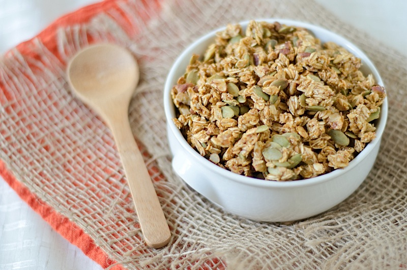 Autumn Granola Recipe {Oil-Free with Canned Pumpkin}