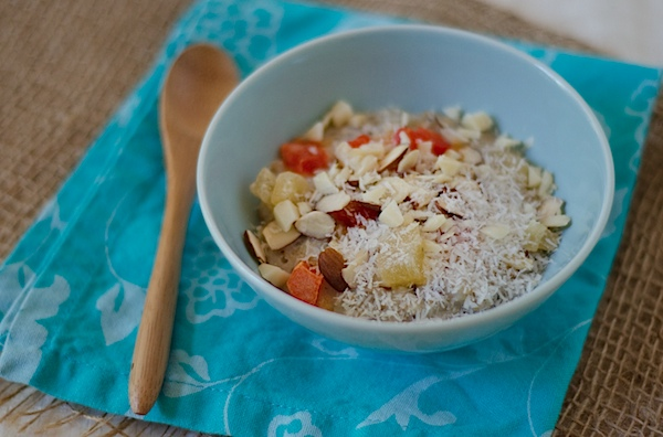Tropical Oatmeal Recipe – Year-Round Island Flavor