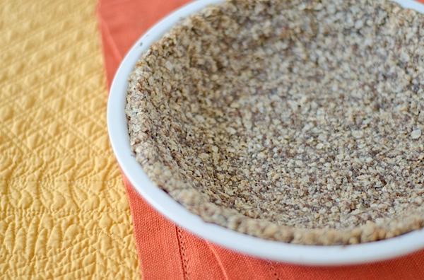 Healthy Easy Oat Pie Crust Recipe (Vegan)