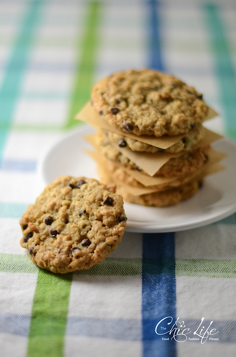 Just Right Oatmeal Chocolate Chip Cookies - The Chic Life