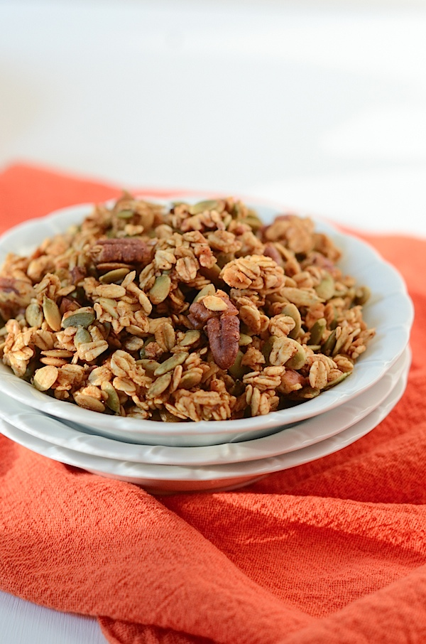 Healthy Pumpkin Pie Granola Recipe - This tasty recipe is made without any oil!