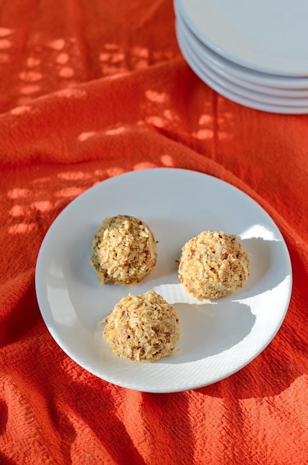 Pumpkin Pie Macaroons Recipe (Healthy, Vegan, Gluten-Free, Dehydrated)