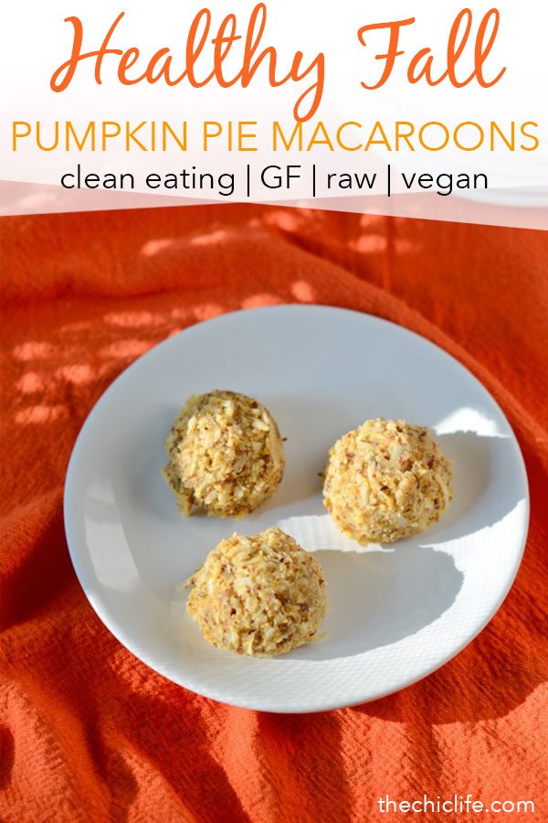 Here's a healthy fall dessert recipe you'll love. Yummy pumpkin pie macaroons are a fall dessert you can feel good about. They're also great as a snack. And they're clean eating, vegan, gluten free, raw, too! Great use of leftover canned pumpkin. #fallfood #fall #fallrecipe #recipe #healthy #healthyrecipes #healthyfood #cleaneating #dessertrecipe #realfood #vegan #veganrecipe #glutenfree