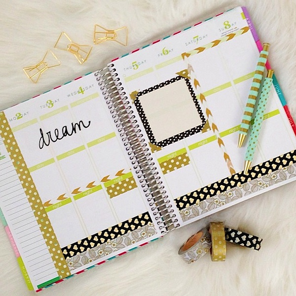 Planner Decoration Ideas: March 2015 (Erin Condren Vertical) | The Chic Life #mychicplanner