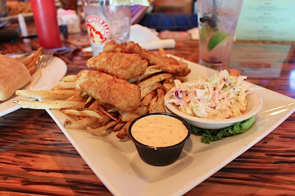 Outer Banks Trip 2015 (Pier and Blue Moon Beach Grill) *Video*