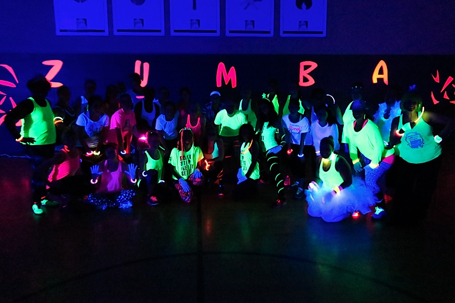 Nye 2015 dance fitness glow party the chic life