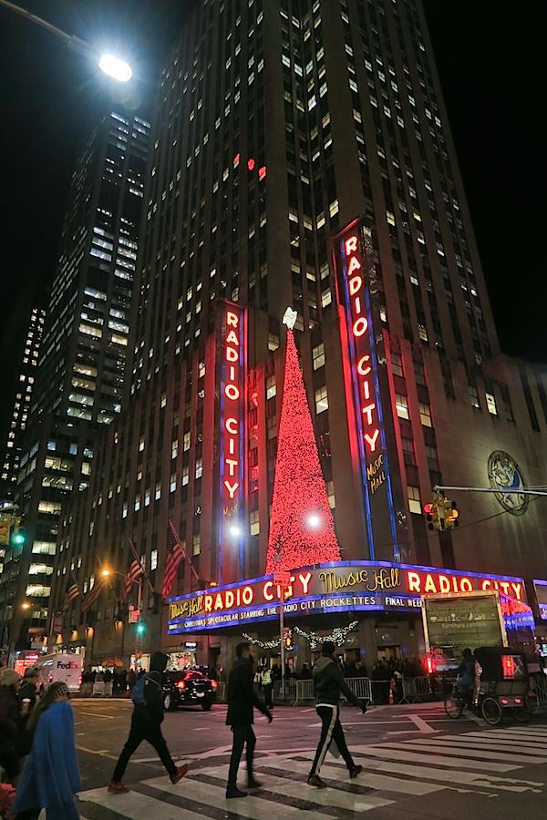 Christmas in Midtown Manhattan 2016