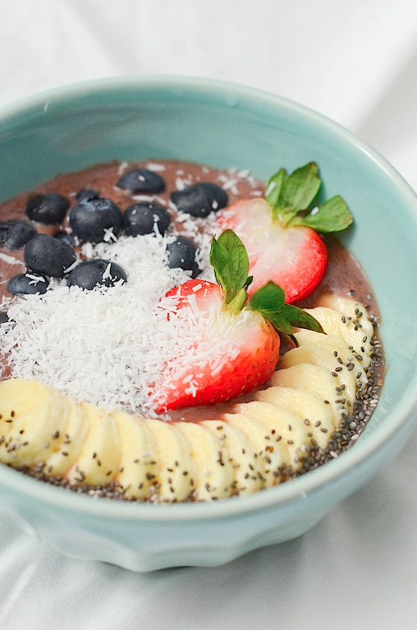 Easy Acai Bowl Recipe