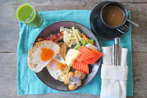 Huge Breakfast Buffet Feast in Thailand | Thailand Trip 2018 Part 1 Continued