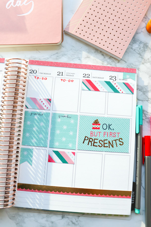 Click to see how I decorate my planner without using any stickers or washi tape (no Etsy!)   Plan with Me: Christmas No Washi Tape, No Stickers   Erin Condren 2018 #erincondren #lifeplanner #planner #planning #erincondren #plannerdecorations #plannerideas