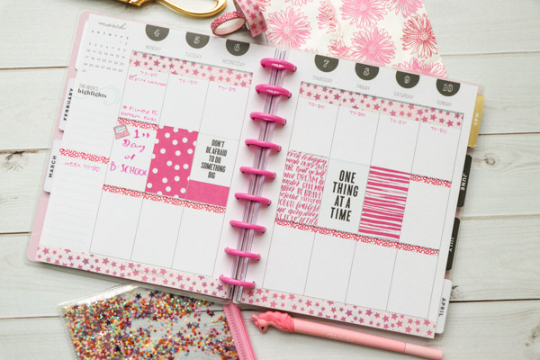 This easy all-pink theme is made with de-stash items from PlannerCon 2019 in my Classic Happy Planner. Watch my Plan with Me video for some easy planner decoration ideas and inspiration for your planner #planner #planning #plannerdecorations #plannerideas #happyplanner