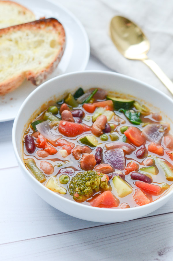 This is one of my weight loss secrets - soup! It's filling, delicious, and easy to make. And this clean eating Quick Veggie Bean Soup recipe is a winner. Plus it makes plenty of leftovers for easy lunch and dinner meals later in the week. #recipe #healthy #healthyrecipes #healthyfood #cleaneating #dinner #dinnerrecipes #vegan #vegetarian