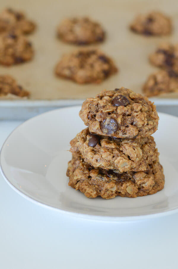 Healthy Dark Chocolate Tahini Oatmeal Cookies Recipe - The ...