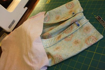 Fabricgrocerybag_finishingup